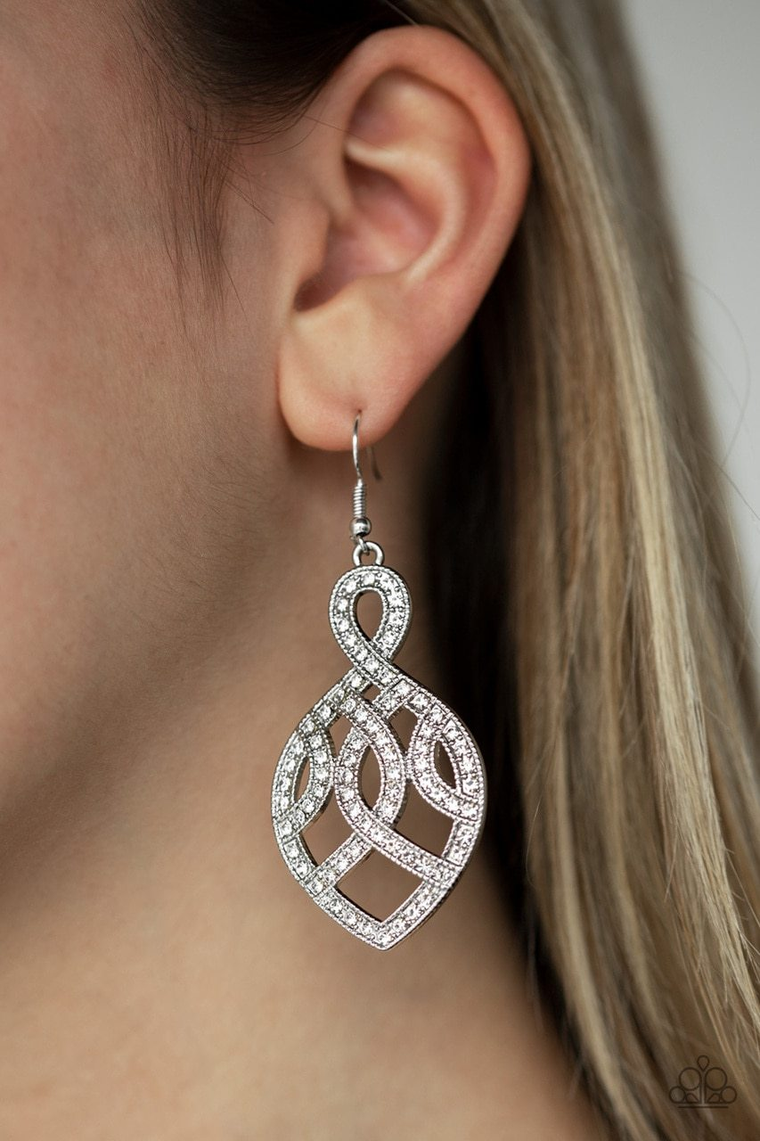 Paparazzi Earring ~ A Grand Statement - White
