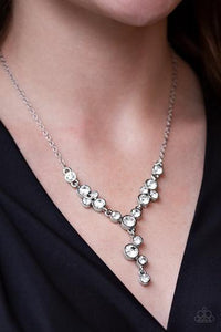 Paparazzi Necklace ~ Five Star Starlet White