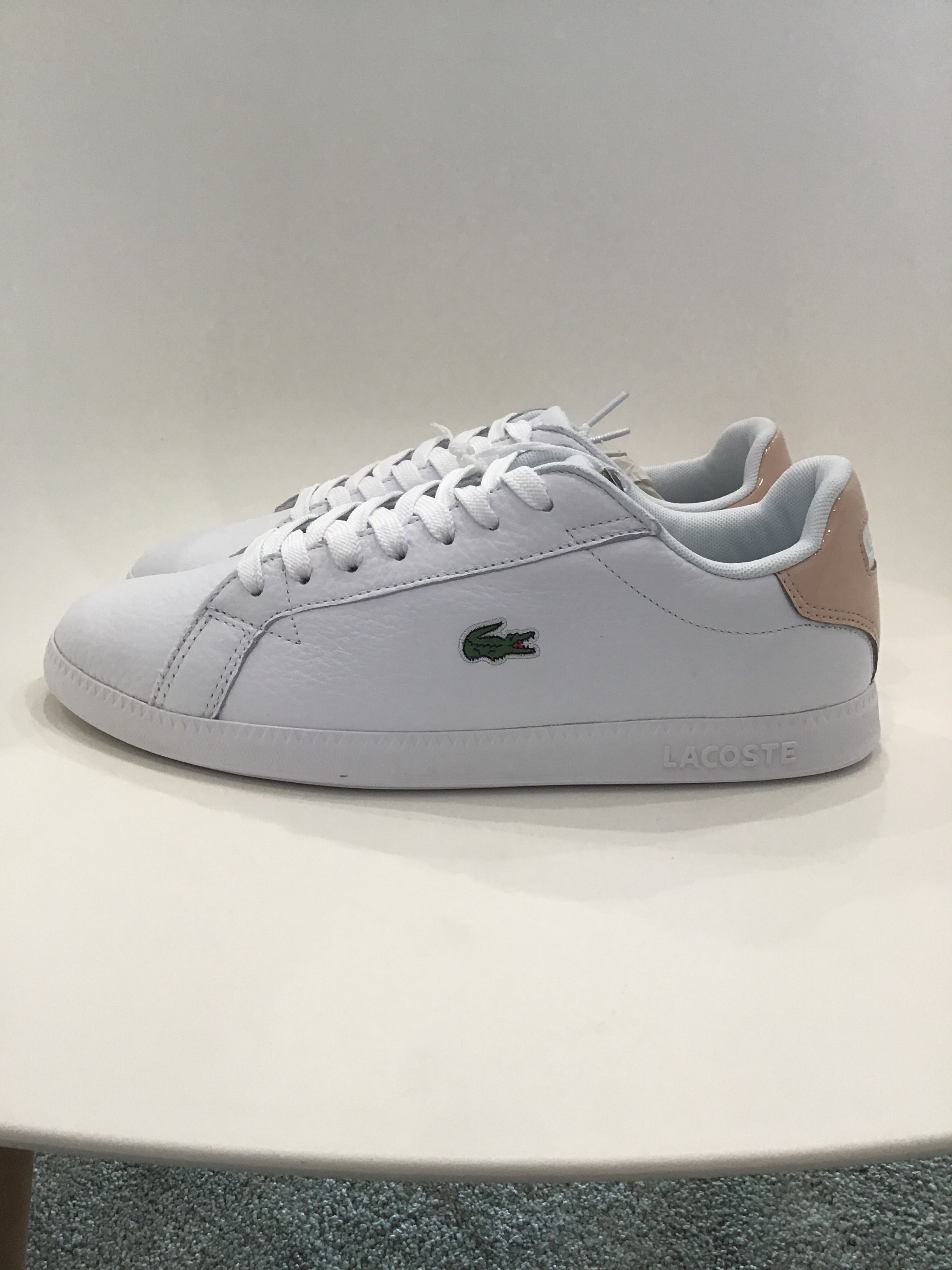 Lacoste - The Graduate - White/Natural