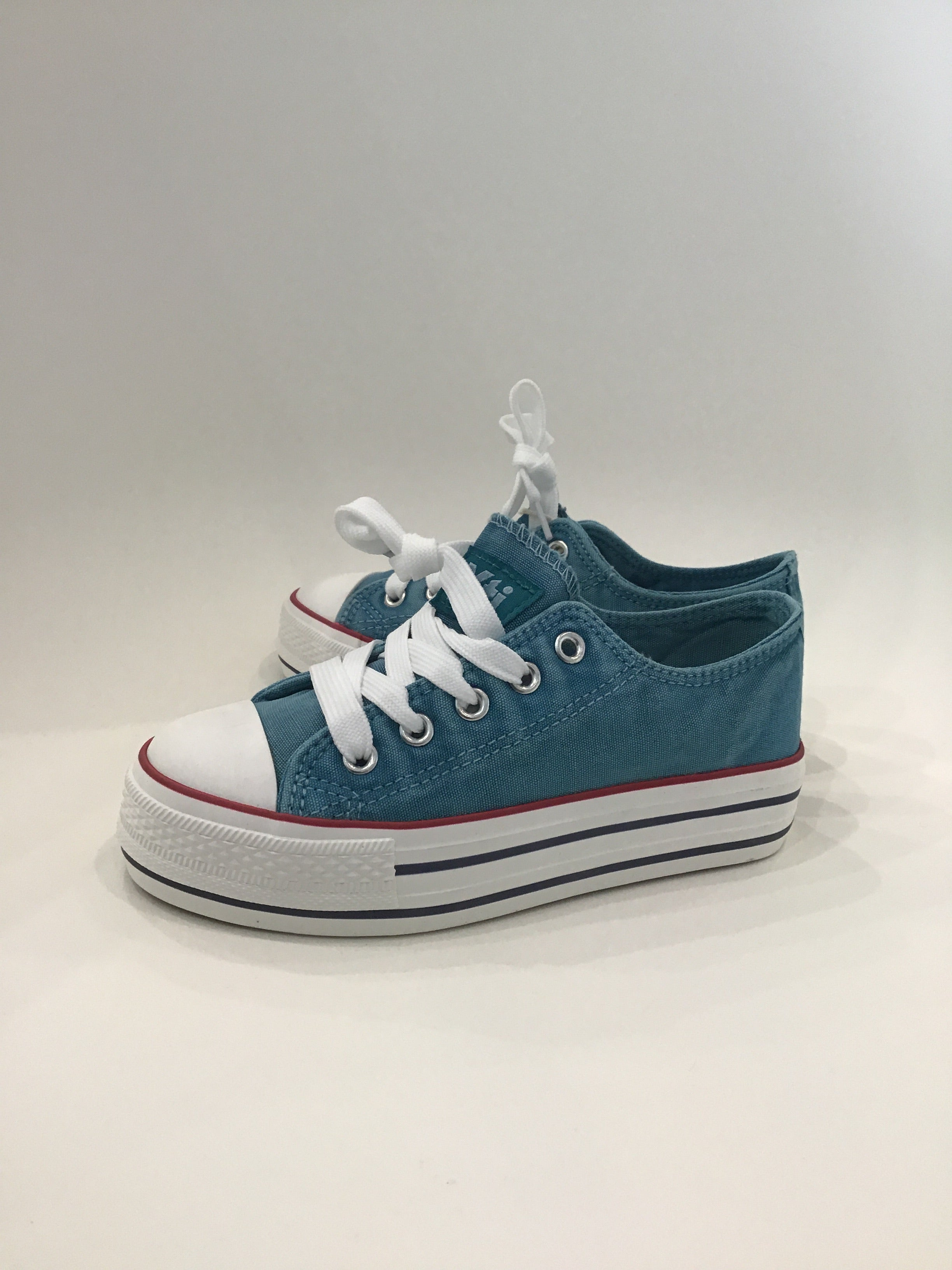 Jenna lace up Kids shoe