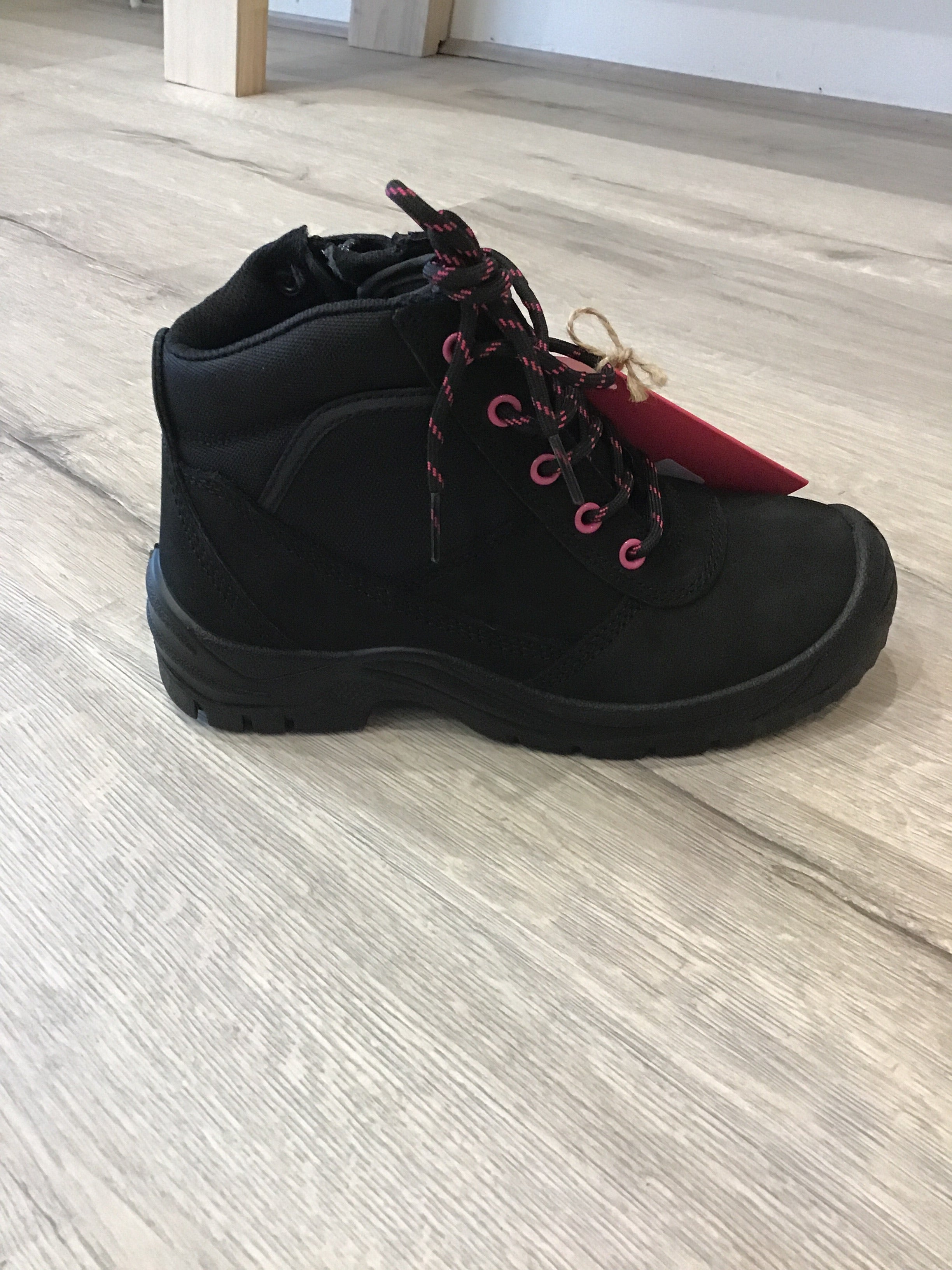 Best Ever Boots - Buster Black with Pink eyelets - Steel toe