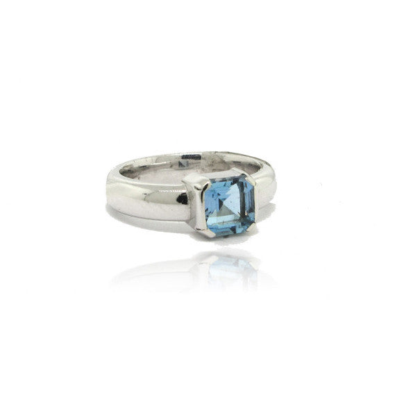 18k White Gold Aqua Ring