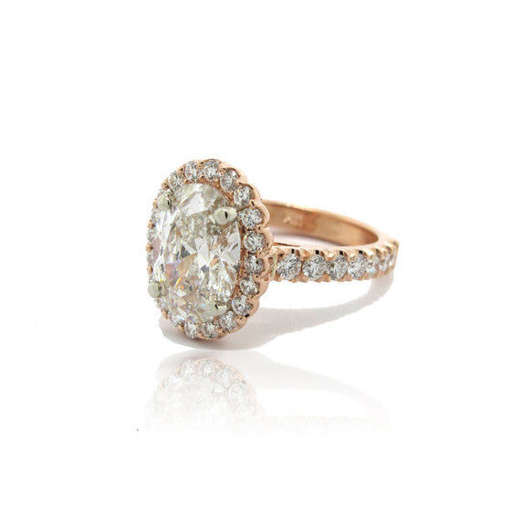 Ladies Engagement Ring in Rose Gold