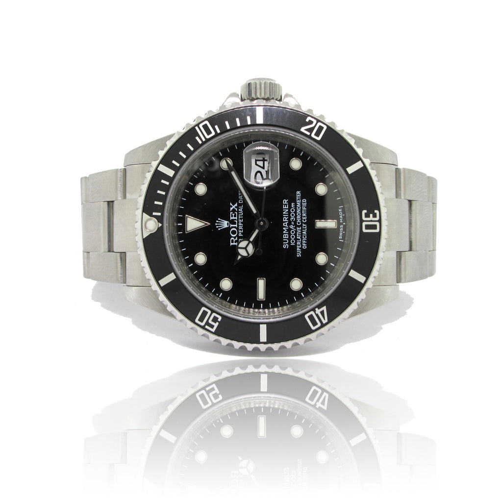 Rolex Submariner Date year 2000