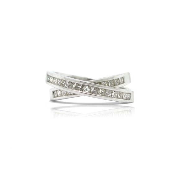 18k White Gold Over Under Diamond Ring