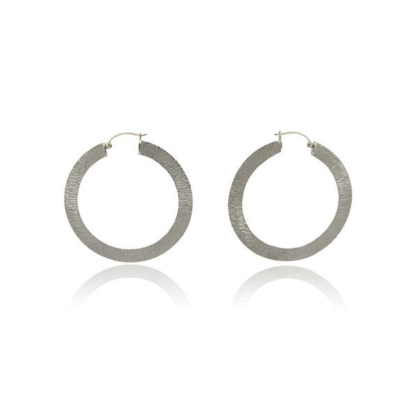 14k White Gold Hoop Textured Earrings