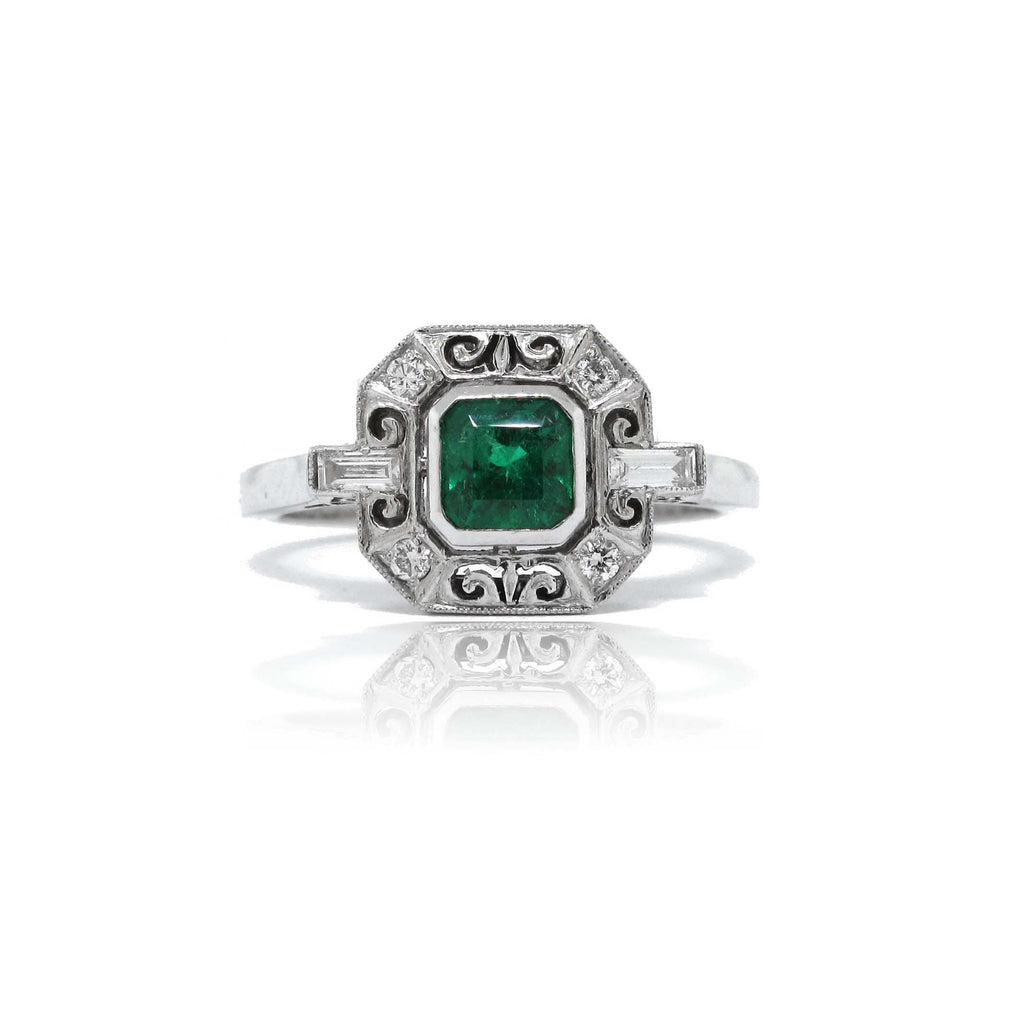 18k White Gold and Platinum Emerald Ring