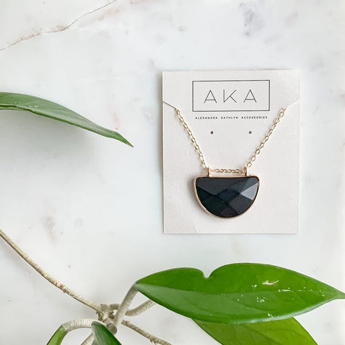 The Arc Necklace - Onyx