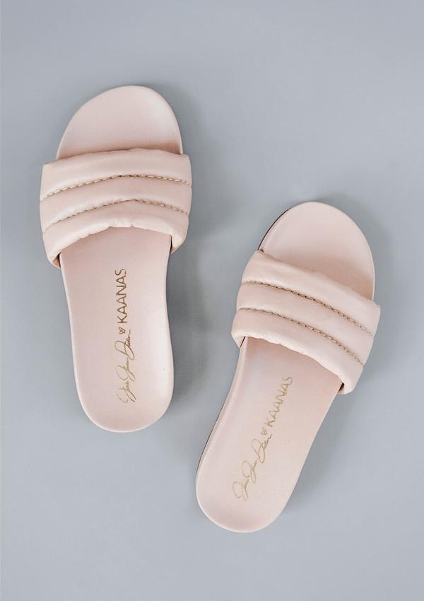 Jessie James Decker Timor Slide in Blush