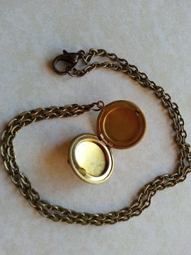 Pendant for a Photo on a chain