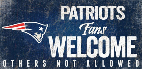"NEW ENGLAND PATRIOTS NFL ""Fans Welcome"" Wood Sign with Rope, 12""x 6"""