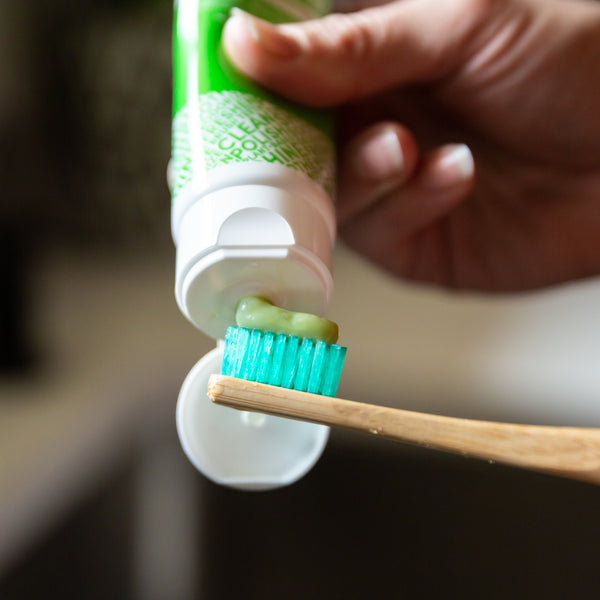 Toothpaste with Chlorophyll