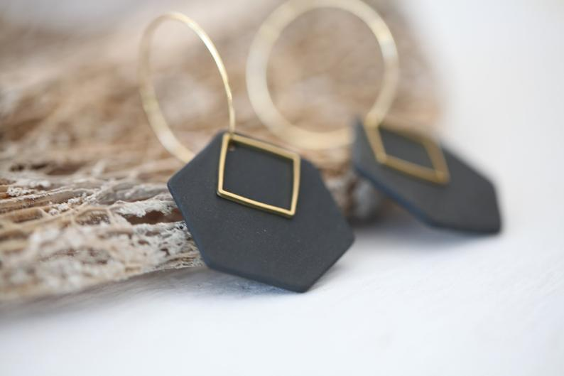 Kivu, porcelain and metal earrings