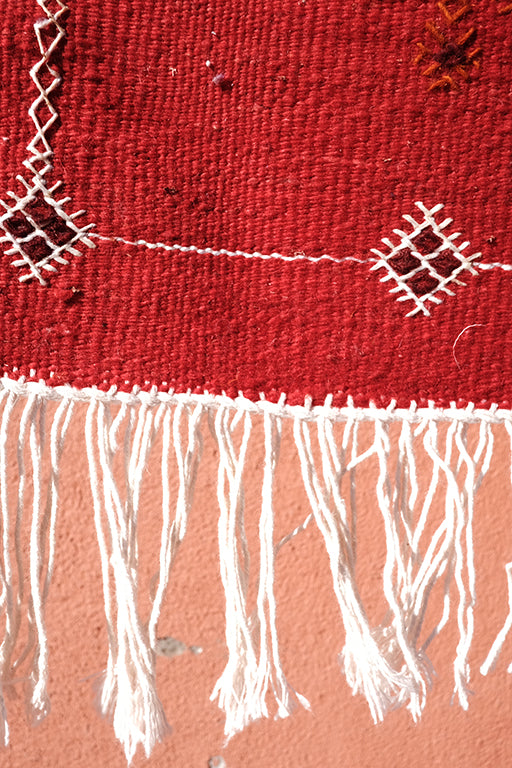 Moroccan cherry Red Kilim   3.28 ft x 2.06 ft - moroccan boho rugs