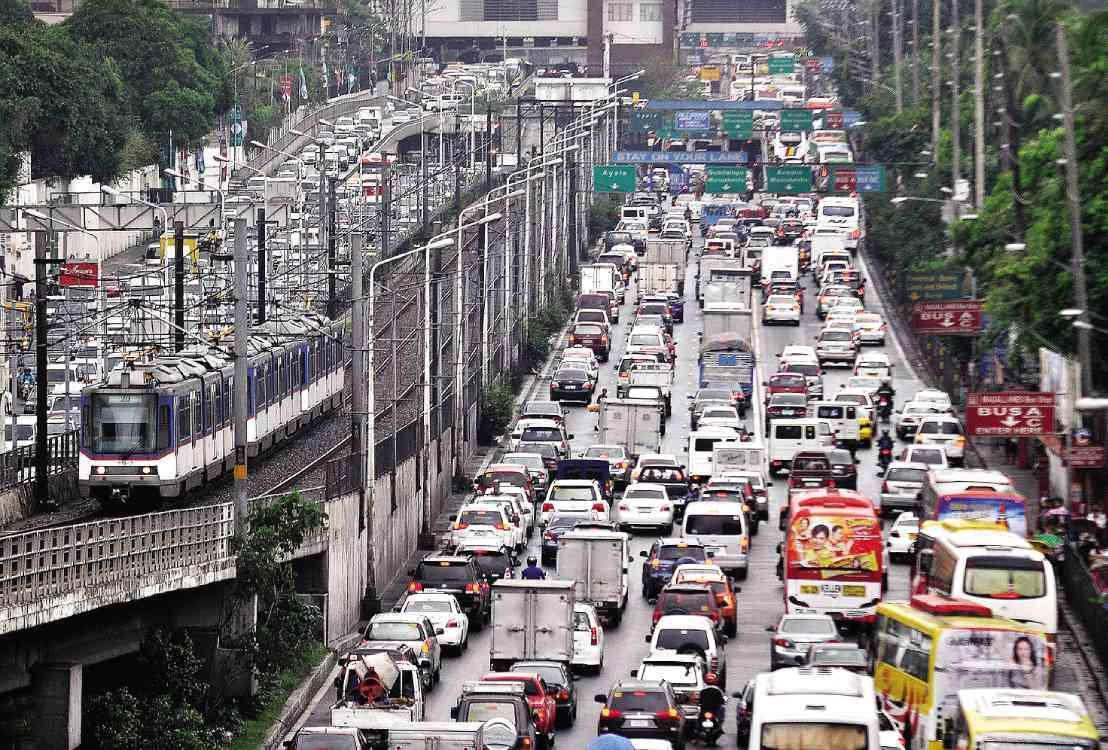10 Cool Products That Will Ease Your Hellish Metro Manila Commute