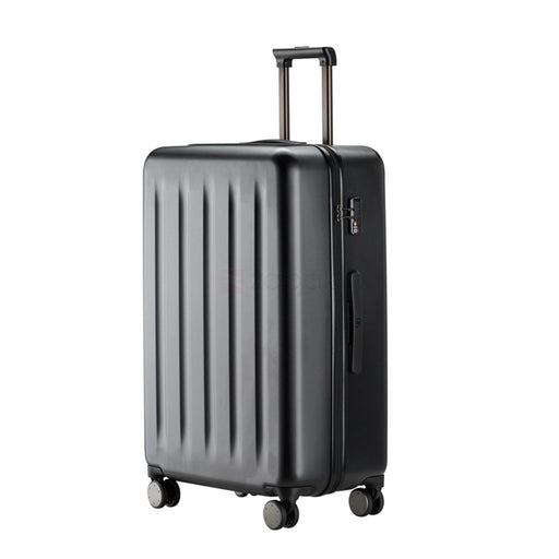 Poundit 90 Points Suitcase 28 inch in Black