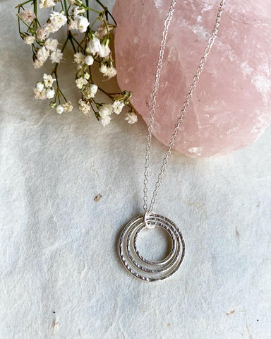Hera, Mum of 3 Necklace - Sterling Silver Linked Ring Necklace