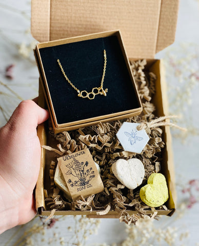 Honey Bee Necklace Letter Box Gift Set
