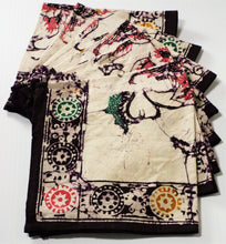 "Load image into Gallery viewer, Table Napkins 14"" x 14""  Set of 8"