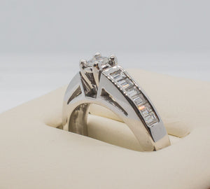 14K SOLITAIRE Ring