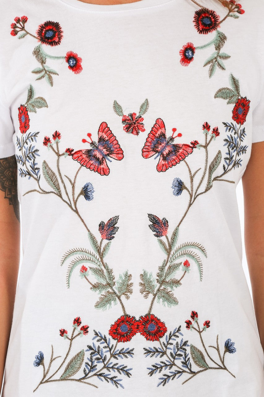 l/405/31153-_White_Floral_Embroidered_T-Shirt-6__39107.jpg