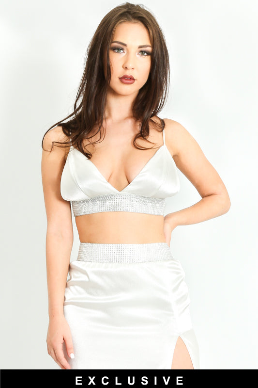 i/400/Embellished-Satin-Triangle-Bralet-In-White-4-ex__21223.jpg