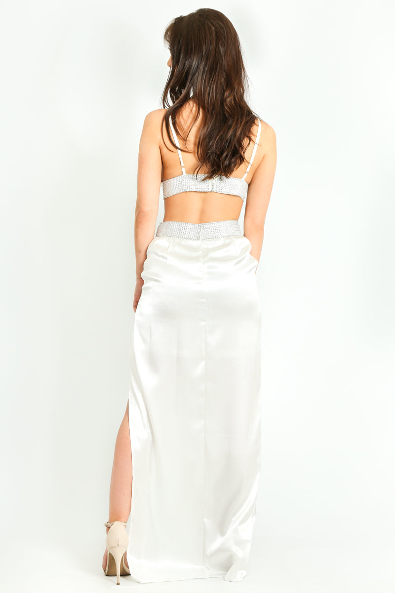 m/083/Embellished_Satin_Triangle_Bralet_In_White-6__29419.jpg