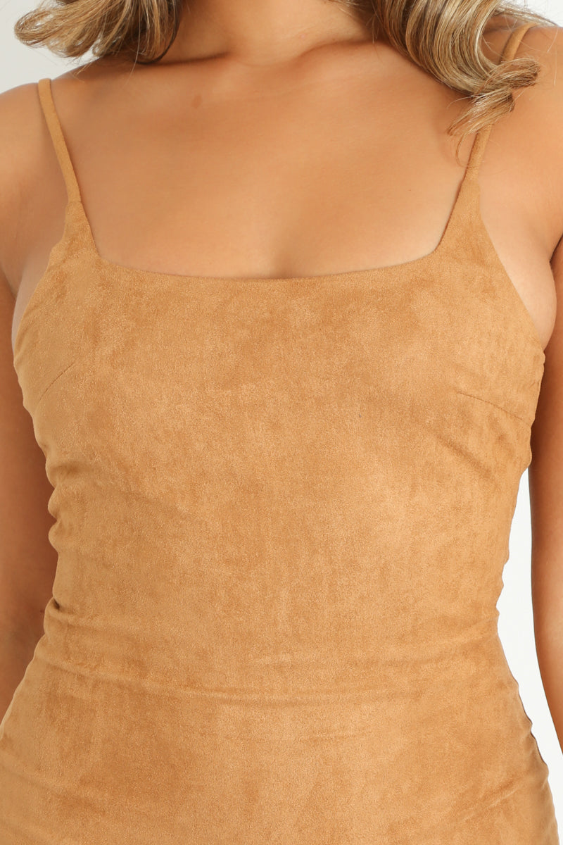 d/034/Faux_Suede_Cami_Bodycon_Dress_In_Tan-6__93883.jpg