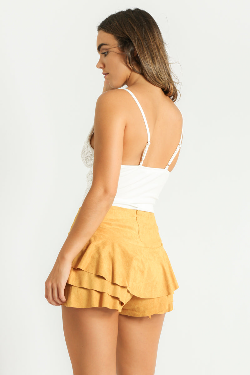 o/962/Faux_Suede_Frilled_Flowing_Skort_In_Mustard-5__10490.jpg