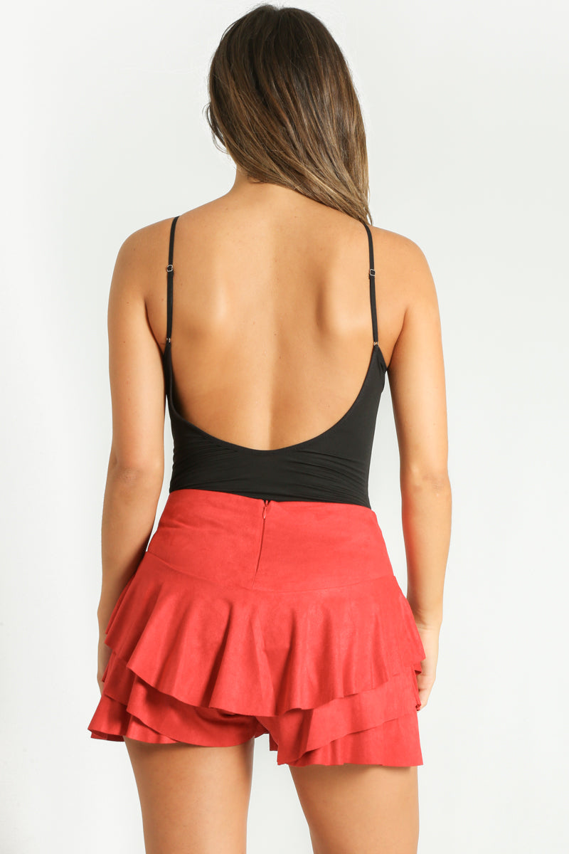 u/101/Faux_Suede_Frilled_Flowing_Skort_In_Red-4__70035.jpg