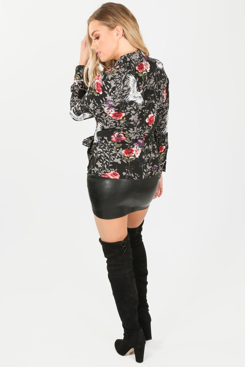 x/703/H868-_Floral_wrap_blouse_in_black-5-min__34197.jpg
