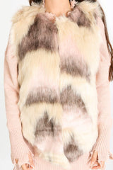a/025/LM6989-_Faux_Fur_Gilet_In_Cream_Pink-6-min__07767.jpg