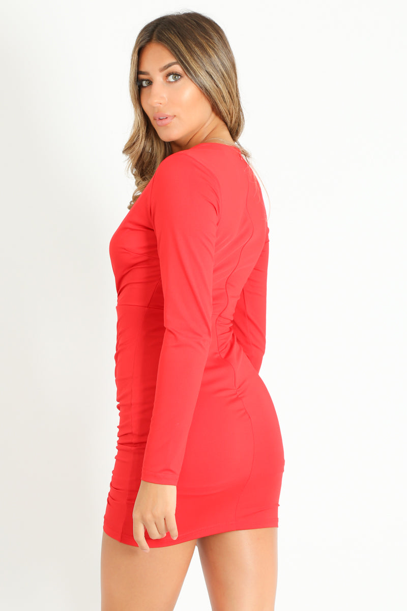 z/081/Plunge_Front_Ruched_Bodycon_Dress_In_Red-2__37657.jpg
