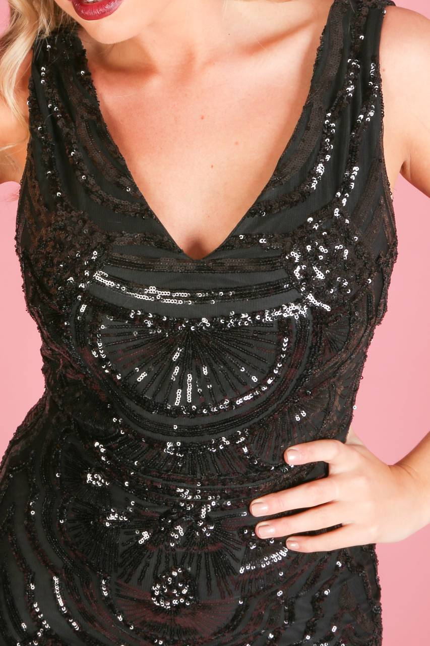 k/194/Sequin_fishtail_dress_in_black-5-min__47841.jpg