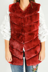 g/894/Short_Hair_Gilet_in_Wine-7__50998.jpg
