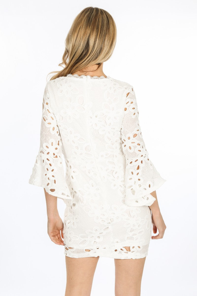 y/302/W1640-_Crochet_Bell_Sleeve_Dress_In_White-3__92632.jpg