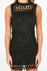 b/020/W3001-_Crotchet_dress_in_black-5-min__32700.jpg