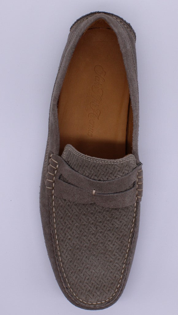Saks Fifth Avenue Slip-On Men 9.5 (NIB)