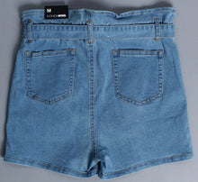 Fashion Nova Women Shorts M NWT