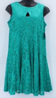 Danny & Nicole Women Dress 14W NWT