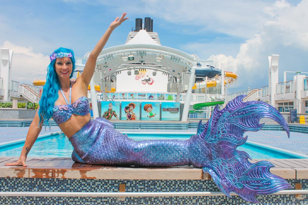 Become a mermaid influencer for Mermaid Kat Shop