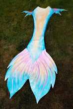 Load image into Gallery viewer, Fantasy Fluke Silicone Mermaid Tail