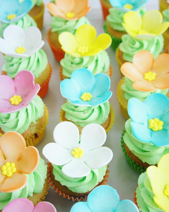 90's flower cupcakes - Tuck Box Cakes