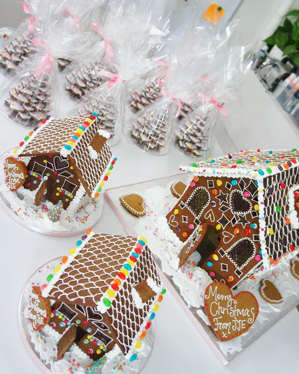Gingerbread Gifts - Tuck Box Cakes