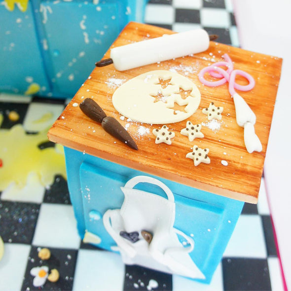 Messy Chef Cake - Tuck Box Cakes