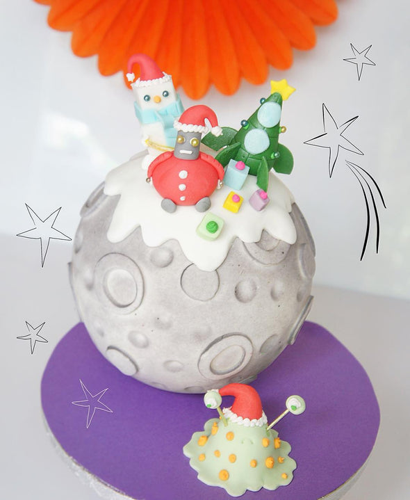 Christmas In Space - Tuck Box Cakes