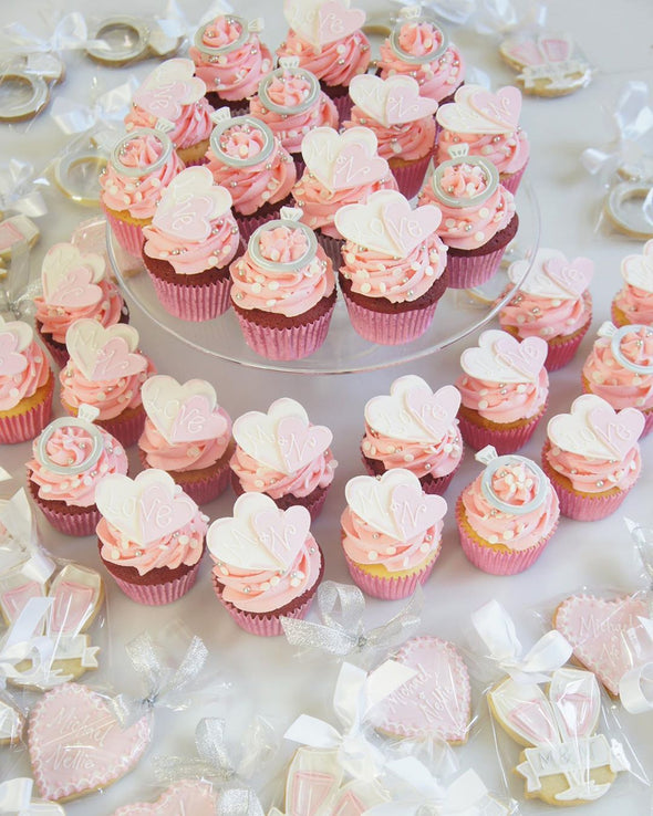 Engagement cupcakes - Tuck Box Cakes