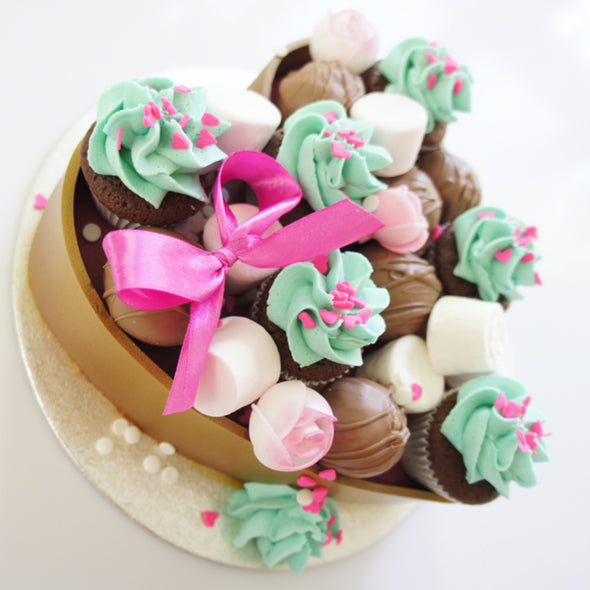 Heart chocolate box cake - Tuck Box Cakes