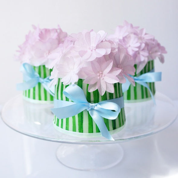 Individual Flower Bunch Cakes - Tuck Box Cakes