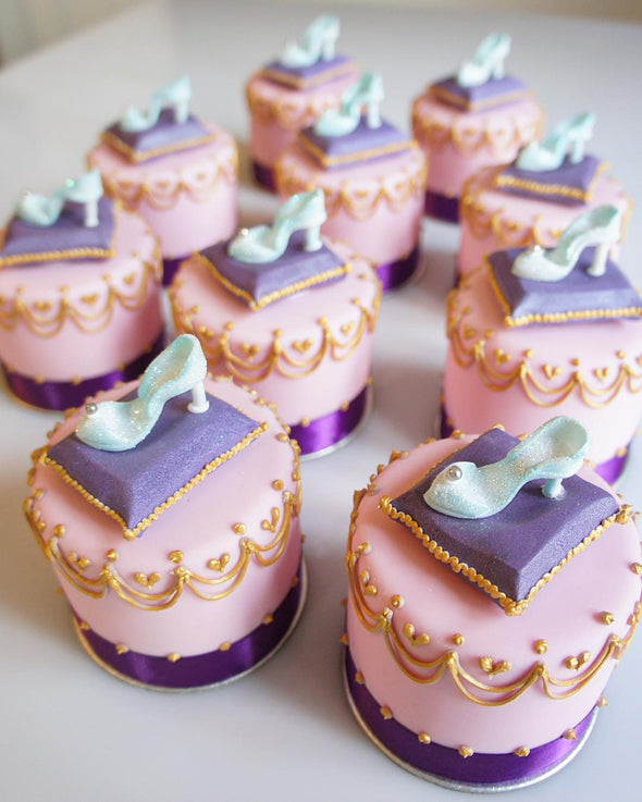 Glass slipper cakes - Tuck Box Cakes